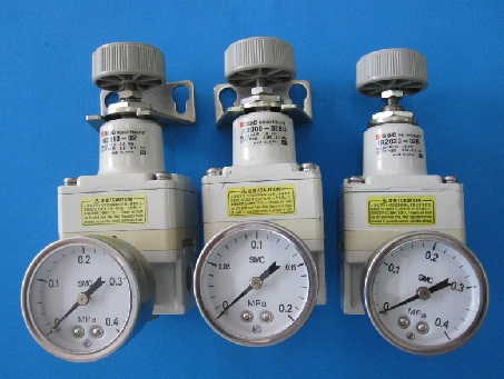 IR2020-02BG PRECISION PRESSURE REGULATOR 1/4 FNPT WITH GAUGE pigeon специальная детская пуховка ka10