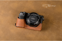 [VR] Handmade Genuine Leather Camera case For Sony A6000 A6300 A6400 Camera Bag Half Cover Handle Vintage Case