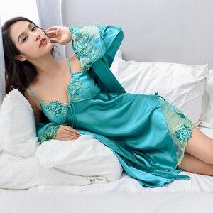 Image 4 - Xifenni Robe סטי נקבה סקסי סאטן משי הלבשת נשים תחרה V צוואר רקמת פו משי חלוקי רחצה שני חלקים בגדי בית x8204
