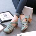 2016 Outono Mulheres Do Vintage Sapatos Dedo Apontado Mulheres Bombas de Moda doces Mulheres de Salto Alto Sapatos de Salto Grosso Plus Size livre grátis