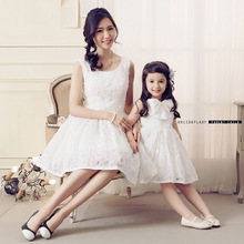 Mother Daughter  Dresses Lace Flower Bow Princess Wedding Dress Mother and Daughter Clothes Mom Mum and Baby Tutu Dresses White