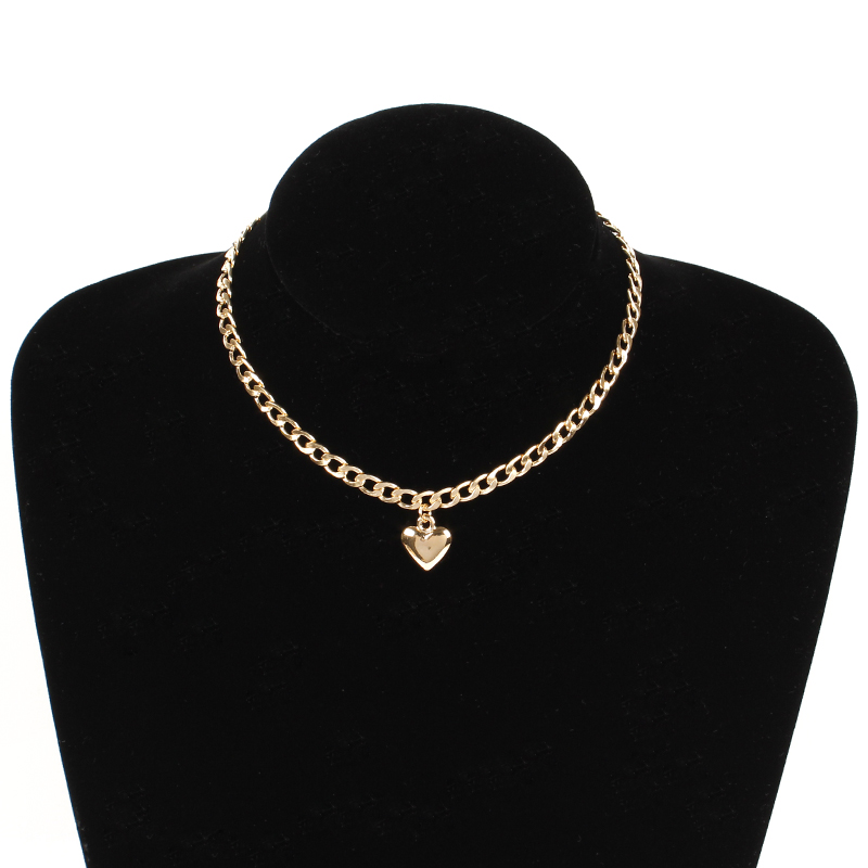 Trendy-Women-Jewelry-Cute-Heart-Lock-Necklace-Gold-Silver-Choker-Necklace-Pendant-On-Neck-Accessories (3)