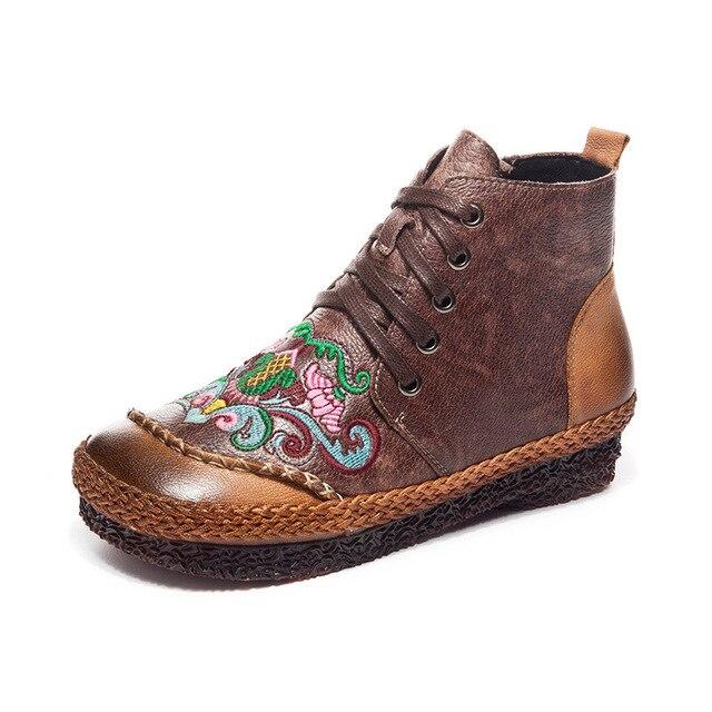Sonbahar ve kış yeni kış çizmeler kadın deri çizmeler el yapımı etnik rüzgar düz nakış özellikleri retro artı kadife çizmeler