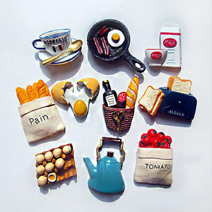 Image 1 - בית מקרר מדבקות Creative חמוד מזון צורת מגנטי לחם חלב בייקון מטוגן ביצה פאן שרף מקרר מדבקות
