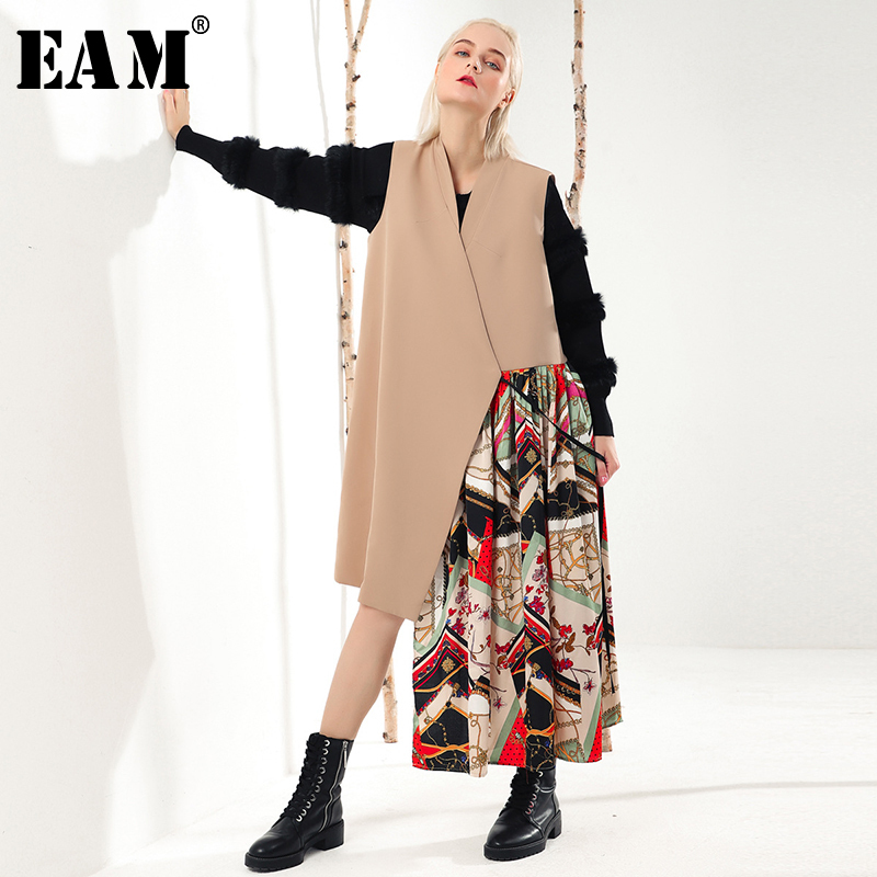EAM 2019 New Spring V collar Sleeveless Khaki Irregular Printed Stitch Loose Long Vest Women