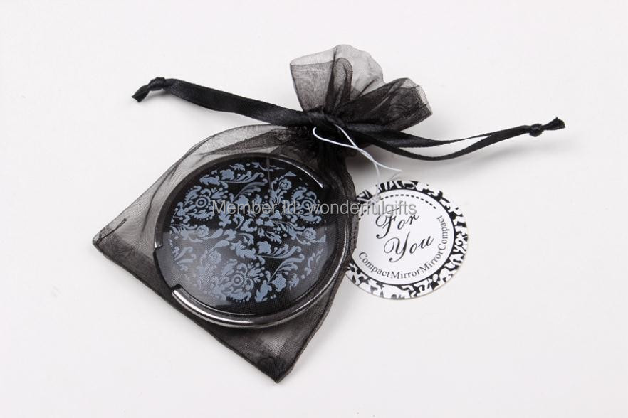 Wedding Gifts For Women: Wedding Favor Gift And Giveaways For Woman Damask Elegant
