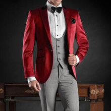 Three Piece Red Wedding Groomsmen Tuxedos for Groom Wear 2018 Peaked Lapel Jacket Gray Vest Pants Custom Made Men Suits