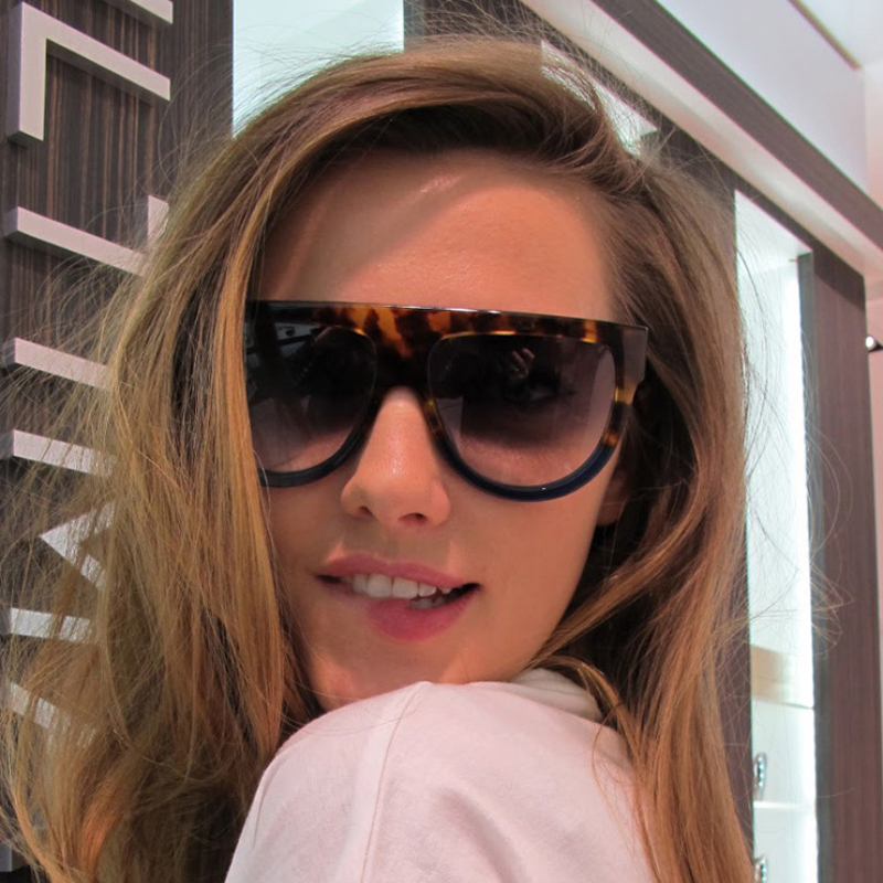 4bf23e07c7ba Fashion Sunglasses Women Flat Top Style Brand Design Vintage Sun glasses  Female Rivet Shades Big
