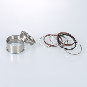 Image 4 - Floya チタンリング黒のステンレス鋼リングウェディング交換フルジルコンバンドバゲファム acier inoxydable