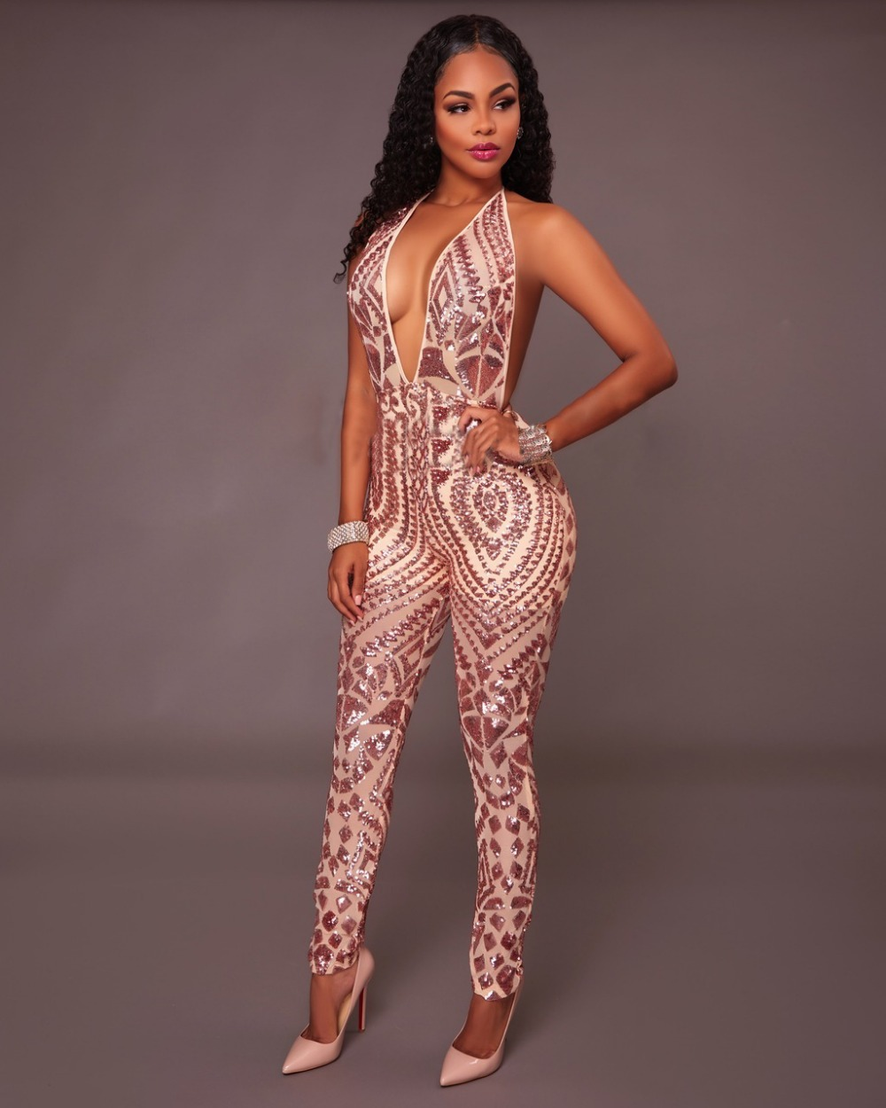 2018 Hot New Fashion Women Sexy Hollow out Jumpsuits Bodysuits Lady Night Club Casual Sequined Playsuits Spring Vesitdos Rompers