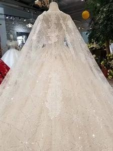 Image 5 - LS11233 فساتين زفاف أنيقة مع كيب طويل الخامس الرقبة بلا أكمام نمط تانك الخامس الظهر فساتين الزفاف الكرة ثوب