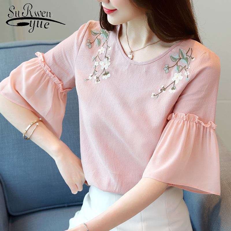 2019 Summer new fashion embroidery loose short-sleeved women's snow spinning Half Floral   blouses     shirts   womens tops 1947 50