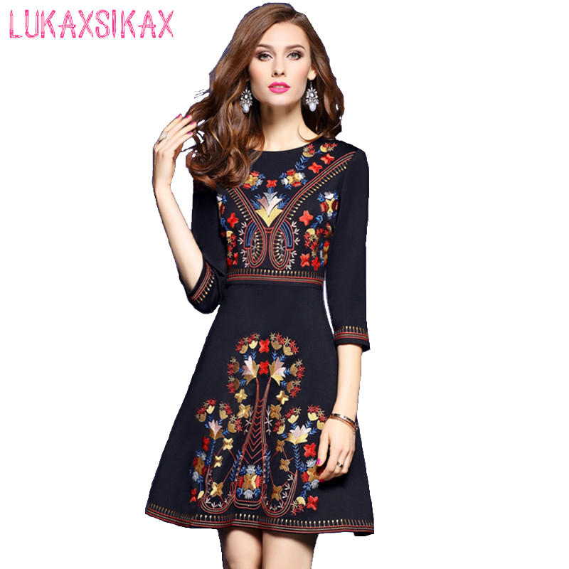 2018 Newest Fashion Spring Summer Dress High Quality Retro Embroidery Designer Black Runway Dress Luxury Evening Party Dresses