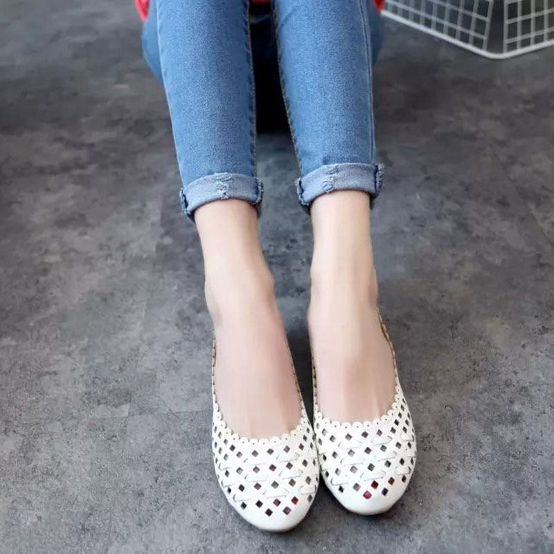 2016 New Summer Style Women Ballet Flats Round Toe Slip on Shoes Cut-outs Flats Shoes White Sandals Woman Loafers Zapatos Mujer 2017 new fashion women summer flats pointed toe pink ladies slip on sandals ballet flats retro shoes leather high quality