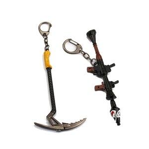 2018 gra brelok 12cm metalowe ramiona Shark Cannon wyrzutnia rakiet kilof Battle Royale Axe młotek klucz klucz z obręczą łańcuch mężczyzn biżuteria