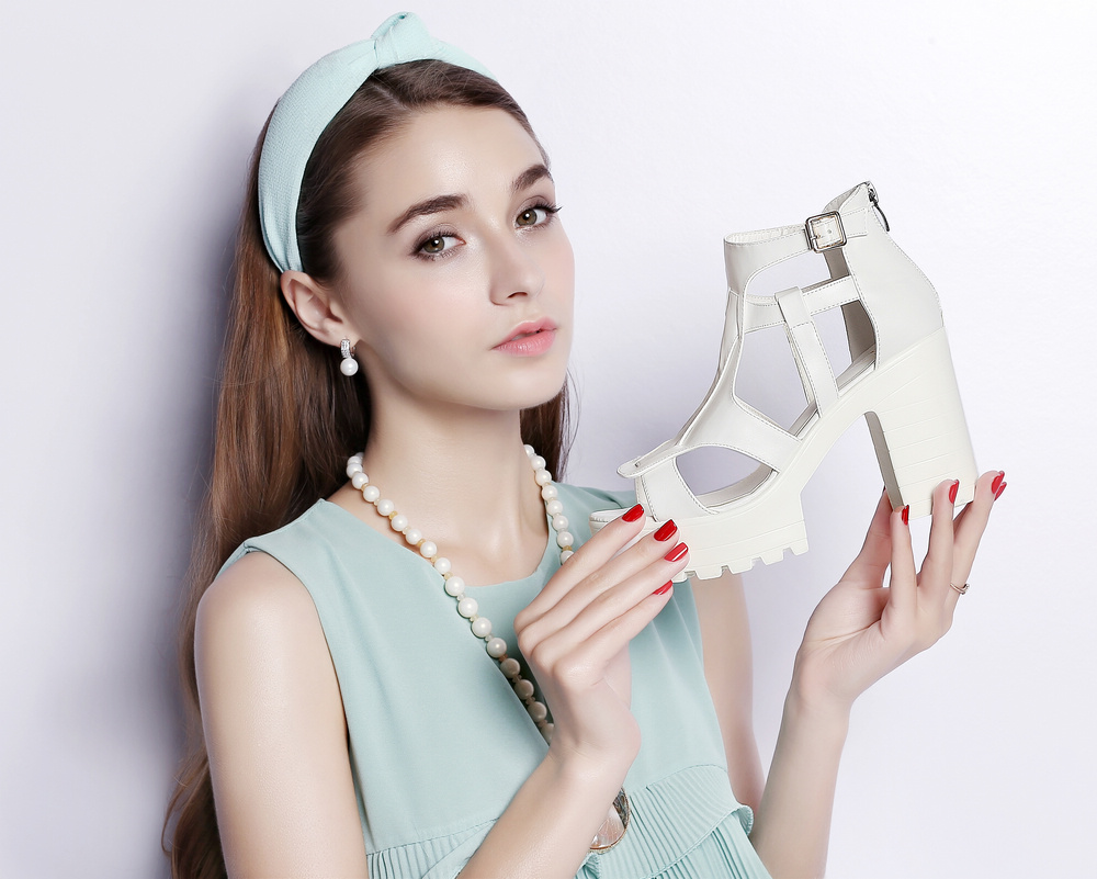 New arrival Guciheaven women summer high heels wedge peep toe ankle strap comfortable party sandals