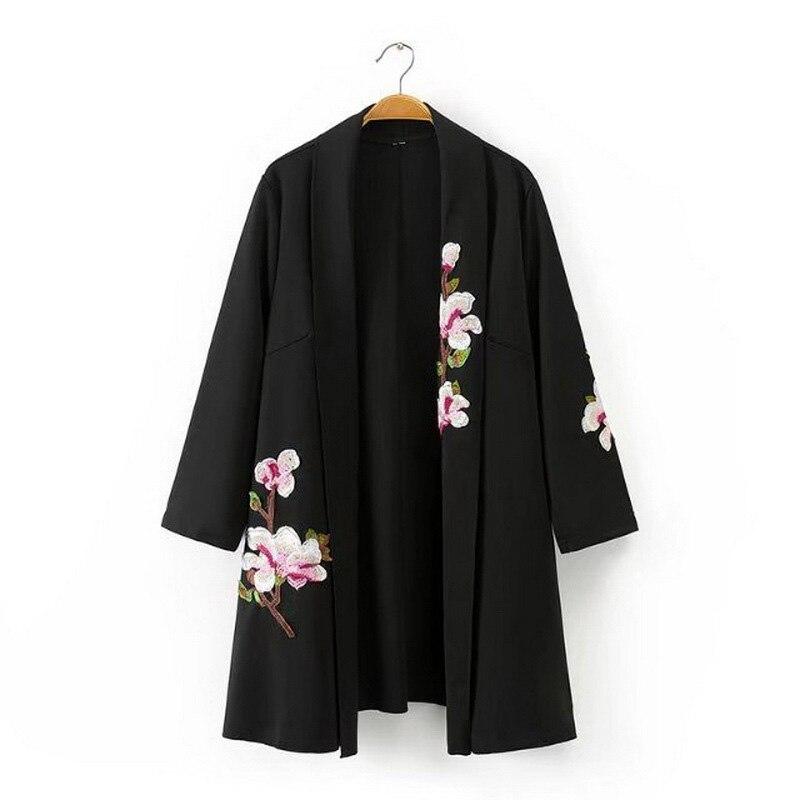 Embroidered jacket boho chic hippie clothing women bomber jackets Japanese style kimono jackets women winter 2018