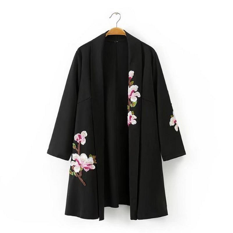 Veste brodée boho chic hippie vêtements femmes bomber vestes style japonais kimono vestes femmes hiver 2018 FF1336-in Vestes de base from Mode Femme et Accessoires on AliExpress - 11.11_Double 11_Singles' Day 1