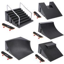 Mini Finger Skate tréning tábla asztali játék Ujjátékos fedélzet rámpa alkatrészekkel Track for Deck Ujjáték Toy Main Site Track