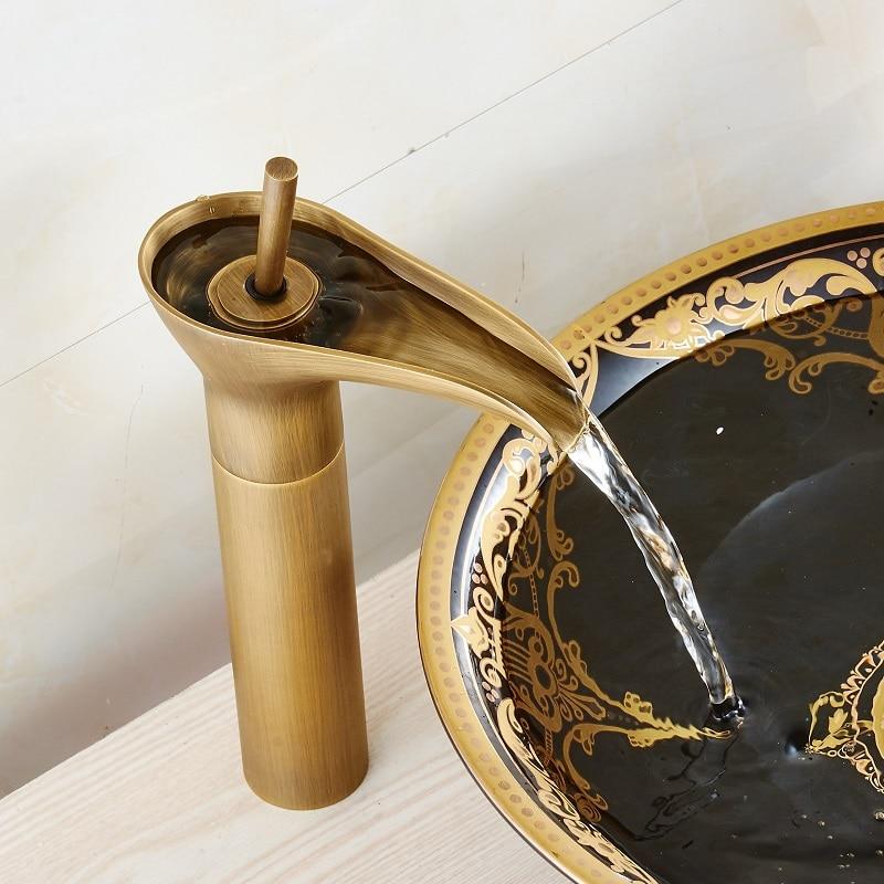 Nouveaux pots d'art de salle de bains classique, robinet antique chaud et froid, vieux robinet en Bronze, modélisation de tasse à vin en bronze