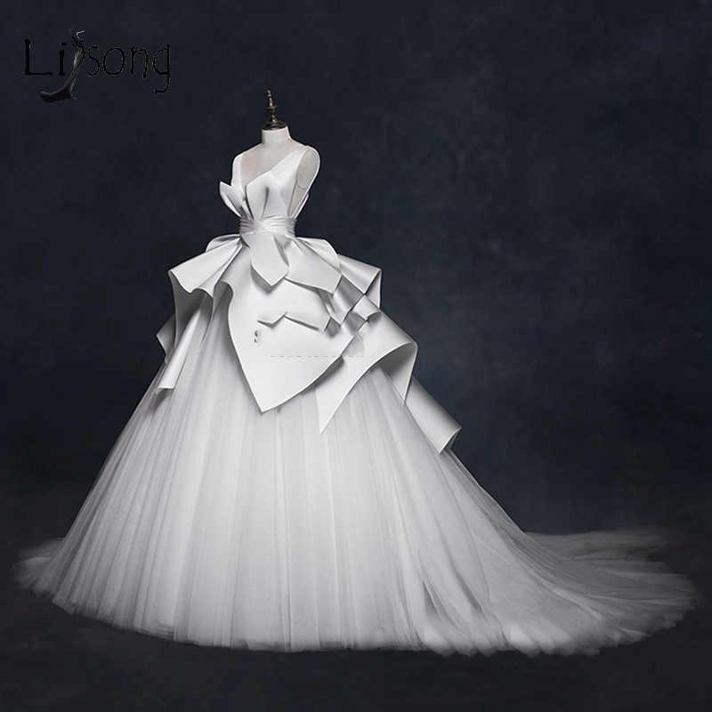 Vintage 2018 Wedding Dresses Ruffles Ruched Elegant Bridal Gowns V-neck  Backless High End Wedding 05cad7104514