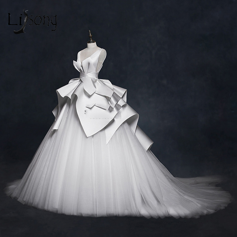 Vintage 2018 Vestidos de Casamento Ruffles Ruched Vestidos de Noiva Elegantes Com Decote Em V Backless High End Vestidos de Casamento Vestido De Noiva