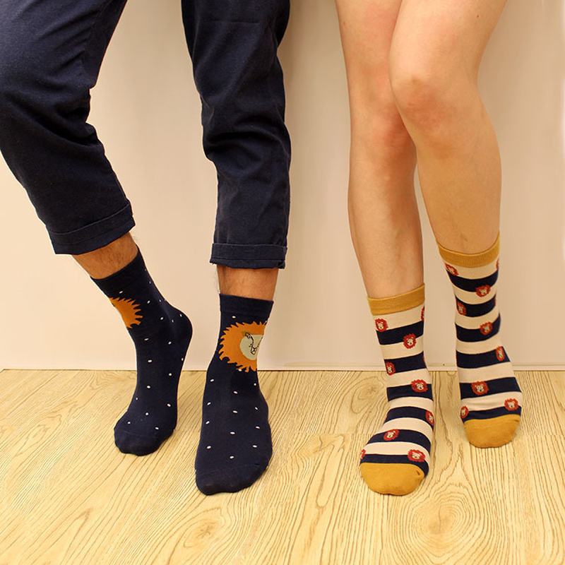 Fashion Korean version of the creative big lion women/men cotton socks striped lion Hara ...