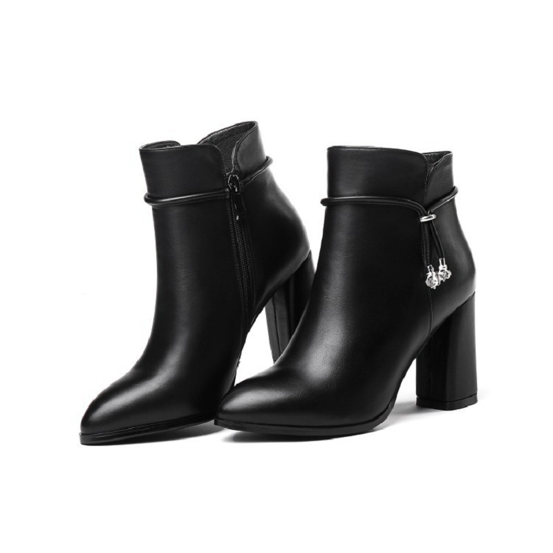2019 autumn and winter new pointed thick with high heel Martin bootling fashion womens booties black ljj 03072019 autumn and winter new pointed thick with high heel Martin bootling fashion womens booties black ljj 0307