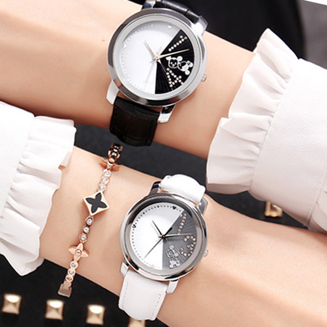 Disney Mickey Mouse Fashion Couple Watches for Lovers Luxury Quartz Wristwatch Ladies Couple Watch Leather Women Men Watch Gift