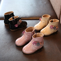Autumn New Baby Girls Fashion Boots Baby Shoes Cute Flower Leather Low Heeled Boots for Baby Girls Pink Black Color