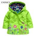 2017 nueva primavera de los bebés outwear cortavientos chaqueta de abrigo para los niños de la marca de la flor capa con capucha niños ropa resistente a la intemperie custom