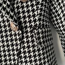 Long Sleeve Metal Lion Buttons Blazer