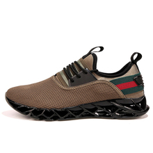 2018 New Blade Running Shoes For Men Cushioning Men Sneakers Breathable Soft Sport Shoes Trend Outdoor Walking Shoes