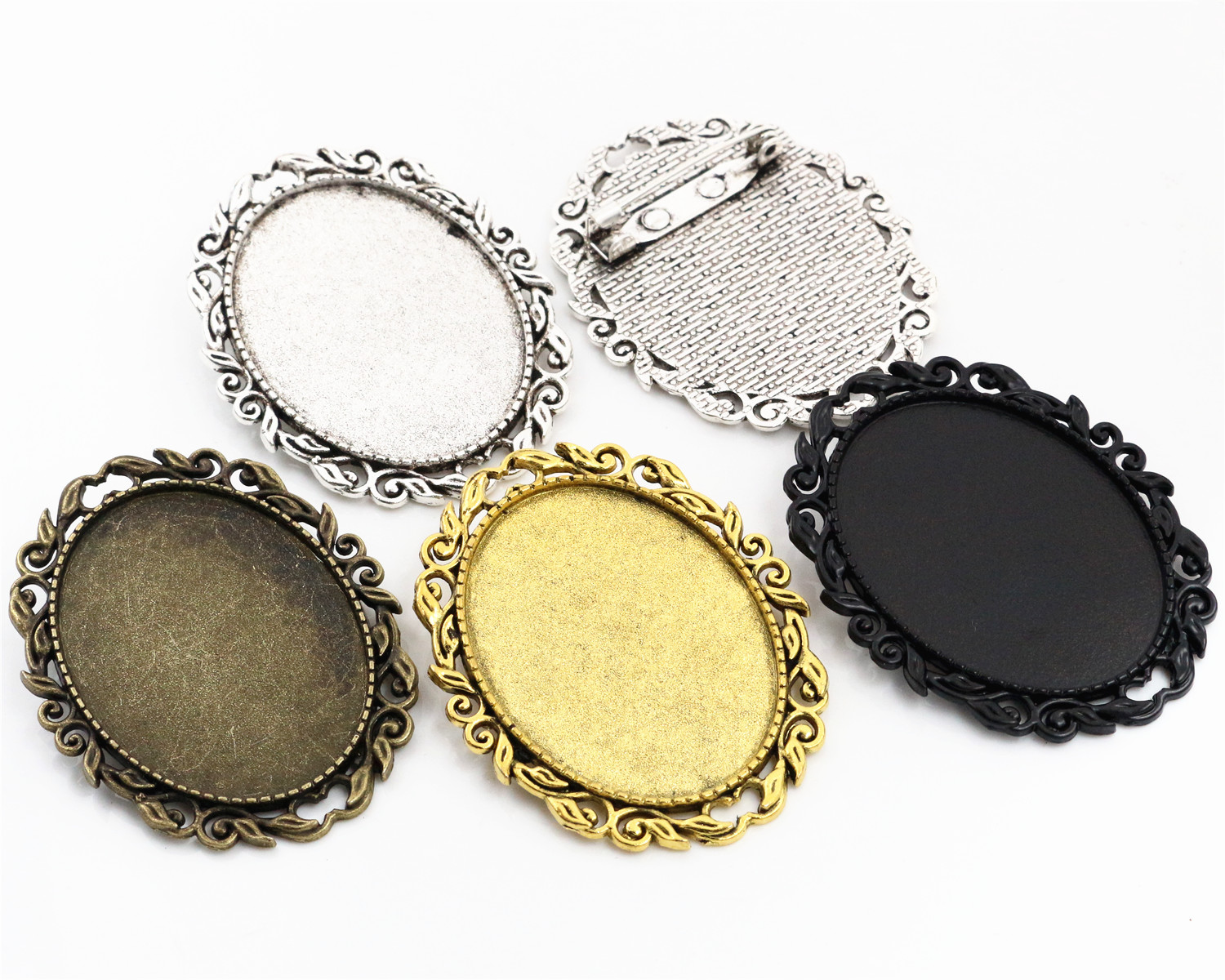 New Fashion 5pcs 30x40mm Inner Size 4 Colors Plated Pin Brooch Pierced Style Base Setting PendantNew Fashion 5pcs 30x40mm Inner Size 4 Colors Plated Pin Brooch Pierced Style Base Setting Pendant