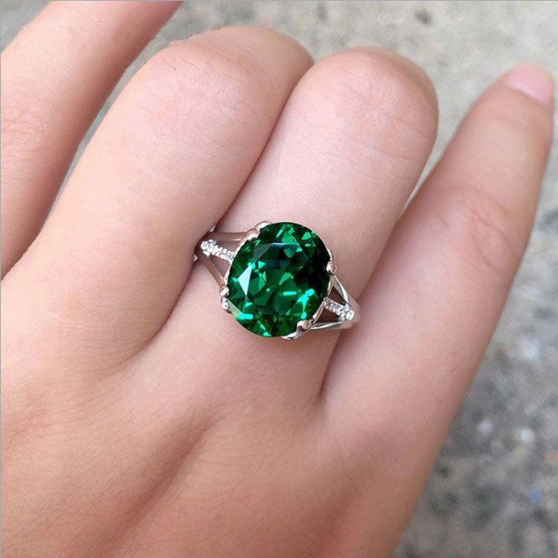 Luxury Signrt Ring women Silver Wedding Ring With Big Oval Green Stone Crystal Rings For Women Fine Jewelry R387