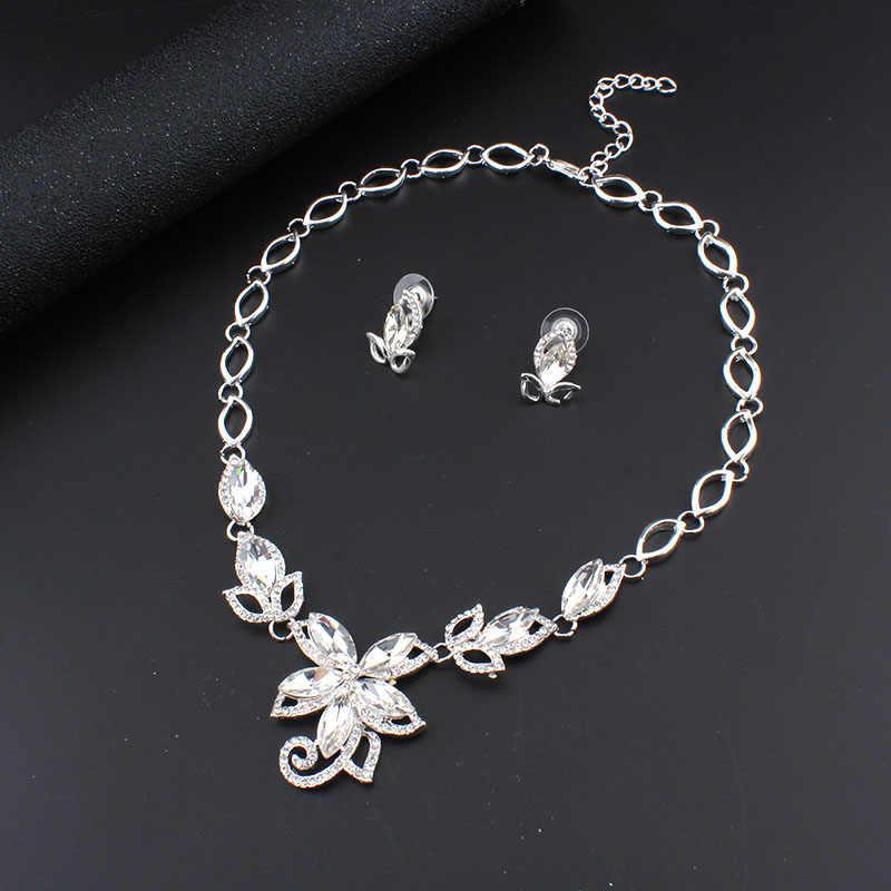 Jiayijiaduo 2017 Perhiasan Set untuk Wanita Pernikahan untuk Pengantin Pernikahan Aksesoris Perak Warna Pesona Bunga Kristal Kalung Set