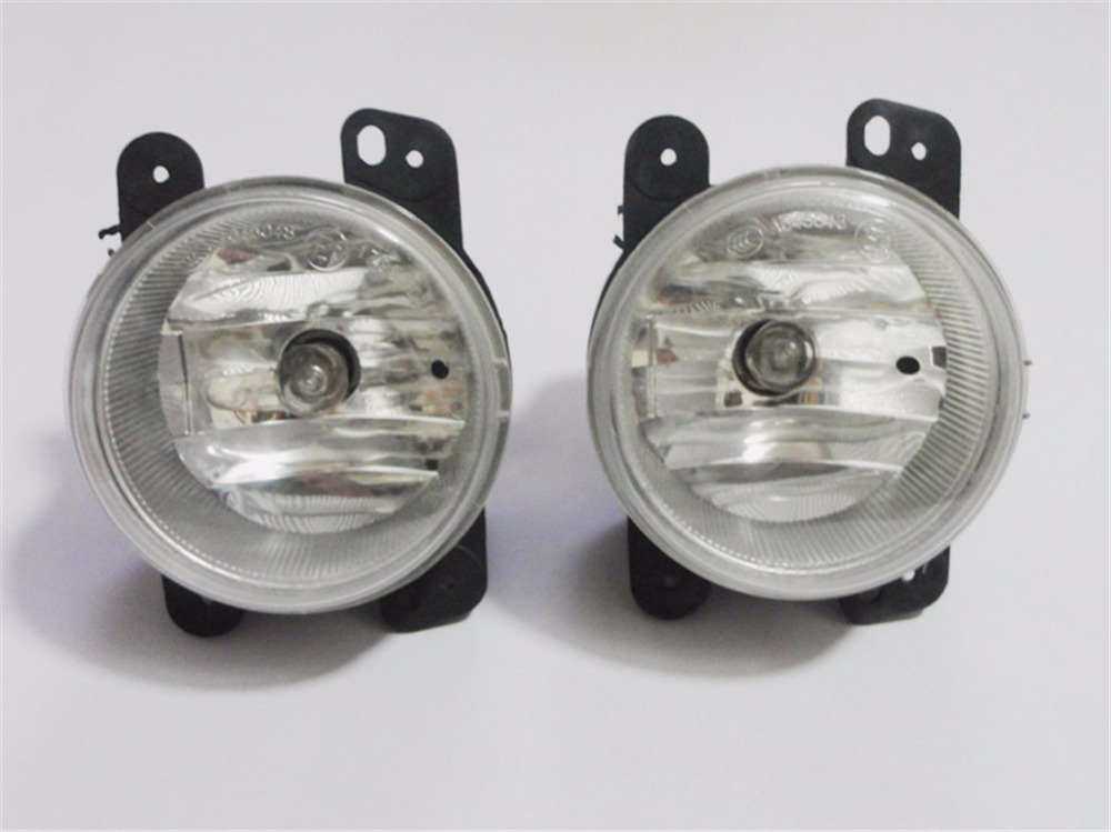 Pair Clear Lens Fog Driving Lamp Lights + Bulbs For Chrysler 300(3.5L)With Touring Model 2005-2010 runmade 1pair fog lights for 2006 2010 vw passat b6 3c clear lens front fog lamp driving lamp left