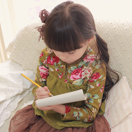 2016 Spring Autumn New Baby Girl Clothing Cute Lace Hem Floral Long Sleeve Blouse Stitching False Two Pieces Cotton Grils Shirt