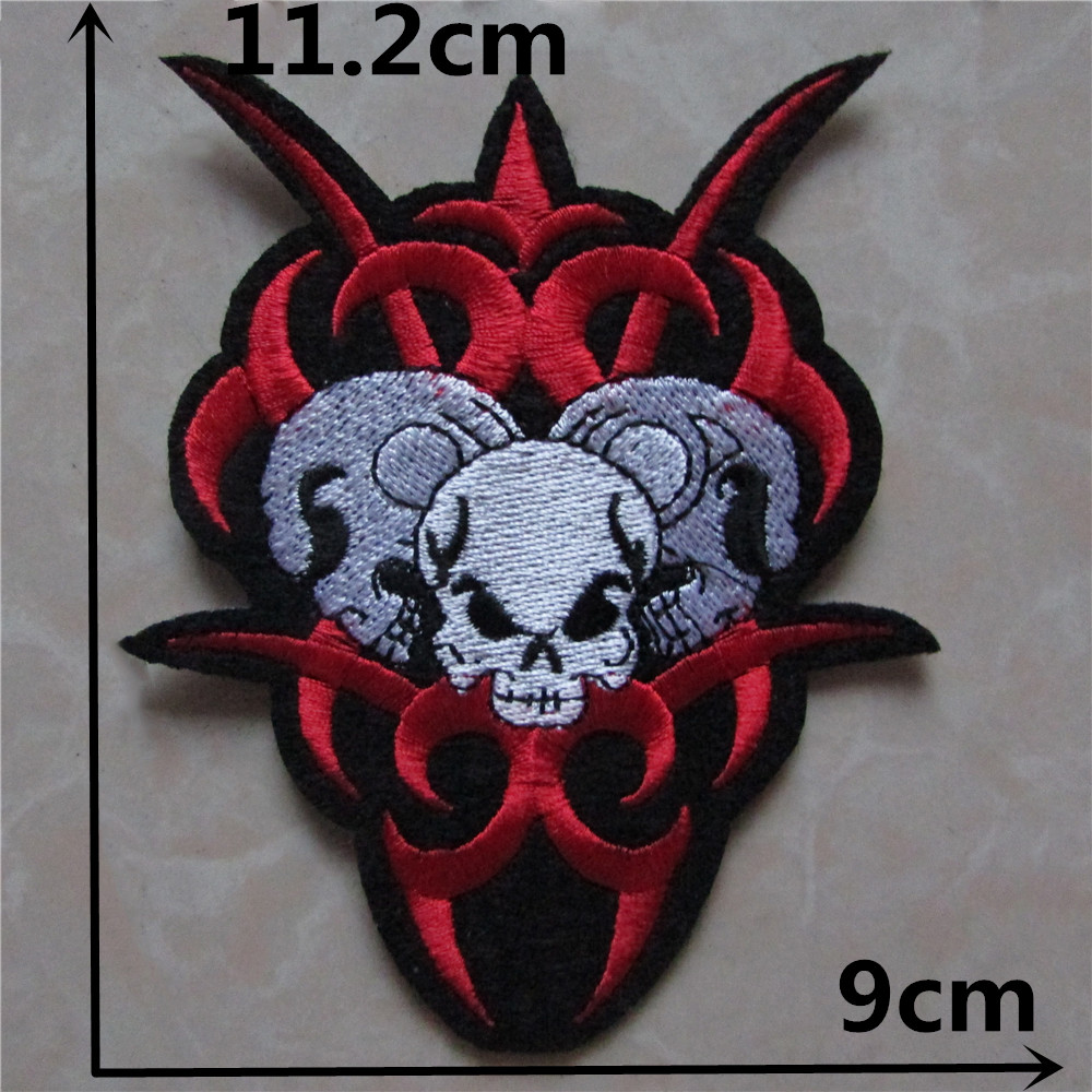 1pcs embroidered iron on motorcycle biker jacket animals for Applique decoration