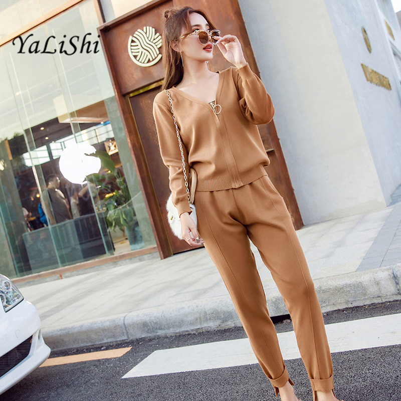 Knitted Casual Tracksuit Pant Suits 2018 Fashion Elegant 2 Piece Set Women Sweater And Trousers Set Crop Top and Pants Set
