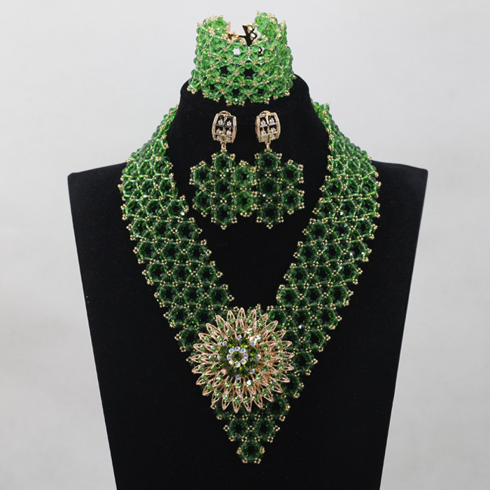 Fresh Green Crystal Handmade Jewelry Sets Nigerian African Wedding Bridal/Women Beads Necklace Jewelry Set Free Shipping ANJ209Fresh Green Crystal Handmade Jewelry Sets Nigerian African Wedding Bridal/Women Beads Necklace Jewelry Set Free Shipping ANJ209
