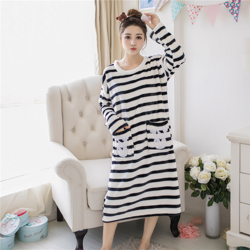 New Fashion Lady Comfortable Women Thicken Lovely Female Sleepwear Womens Home Wear Coral Fleece Leisure Females Cute Nightdress