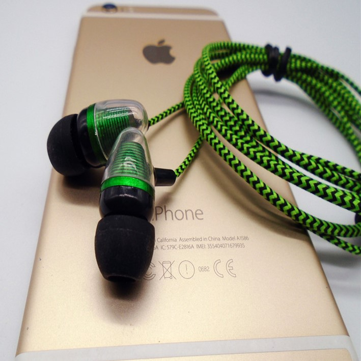 earphone-2016-new-arrival-brand-new-35mm-in-ear-earphones-earphones-super-bass-for-iphone-samsung-no-retail-box