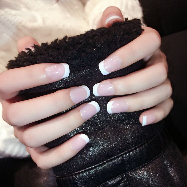 Unhas falsas clássicas para manicure, curtas, naturais, unhas artificiais, plana, 24 pçs/set, moda de unhas falsas, francês
