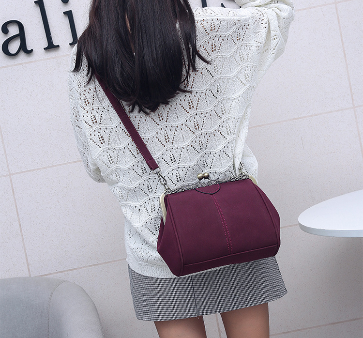 Women PU Leather Purse Retro Fashion Top Handle Handbag Kiss Lock Crossbody Shoulder Bag for Ladies (5)