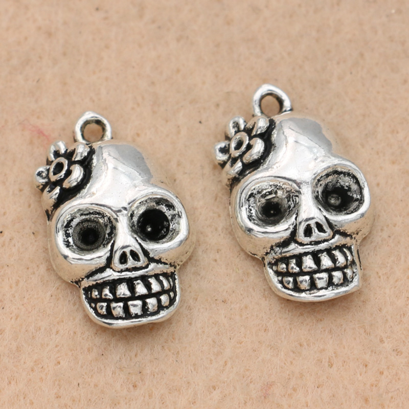 20pcs Silver Skull Charms Beads Pendants for Jewelry Making DIY Findings