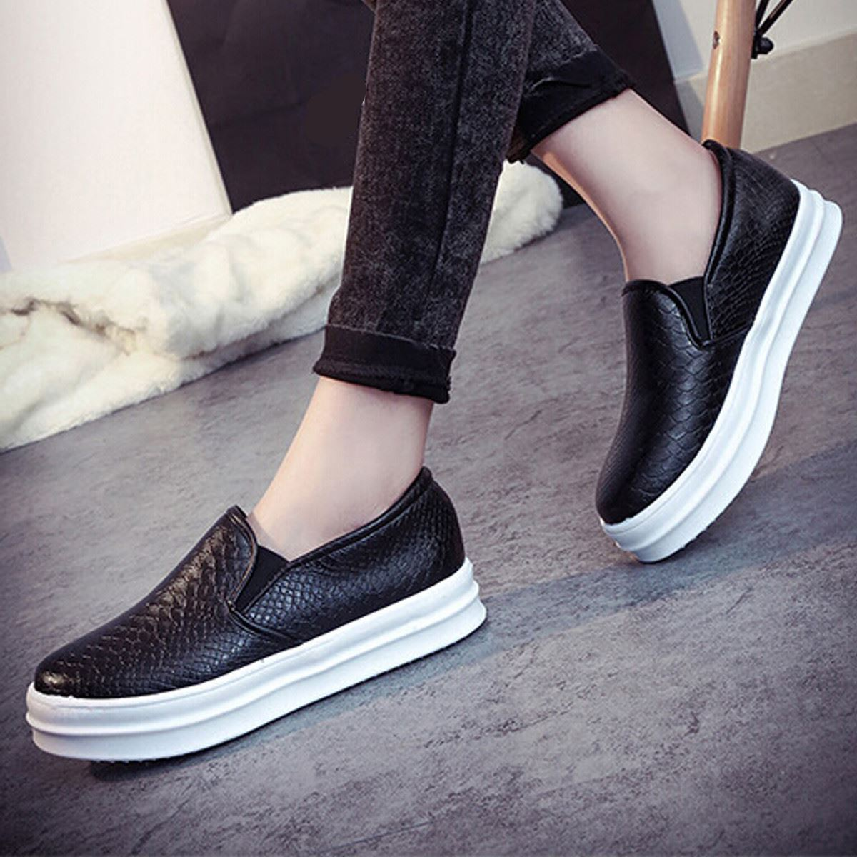a6b31ff6d93 Wholesale Summer Korean Style Trendy Women Shoes Lady Slip On Round Toe  Solid Colors Soft Leather Sizes 35 39 Flat Shoe-in Women s Flats from Shoes  on ...