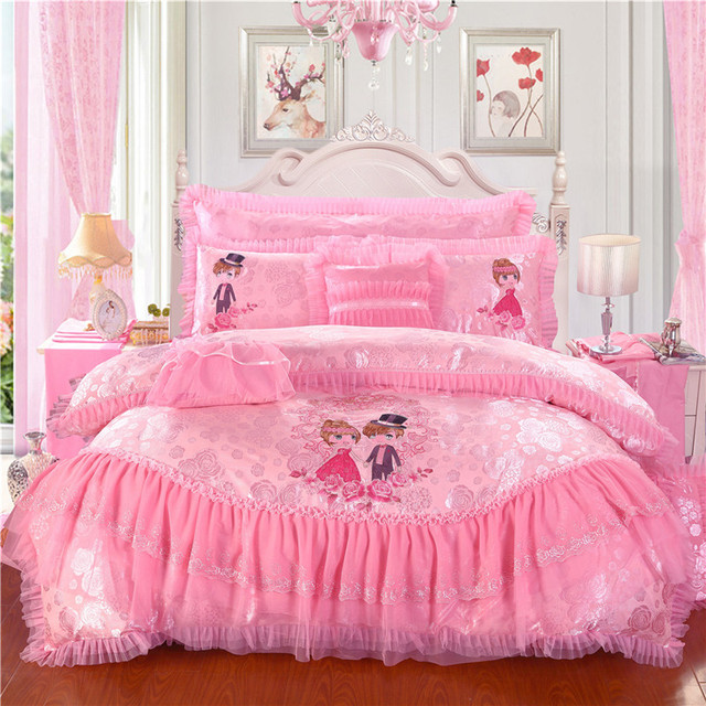 4/6/9Pcs Luxury wedding Bedding Set character Embroidery Bed Set King Queen Bed Linens lace Duvet Cover Bed spread