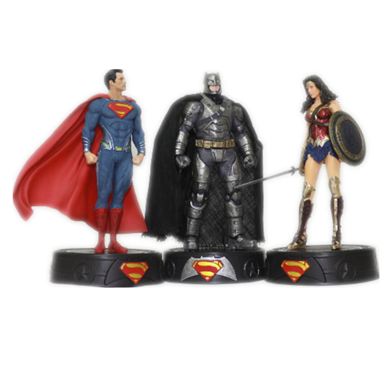 Super hero toys Superman Batman Wonder Woman Action Figure toy Cartoon 20cm PVC Model anime Collectible Toy marvel deadpool funko pop super hero pvc ow batman action figure toy doll