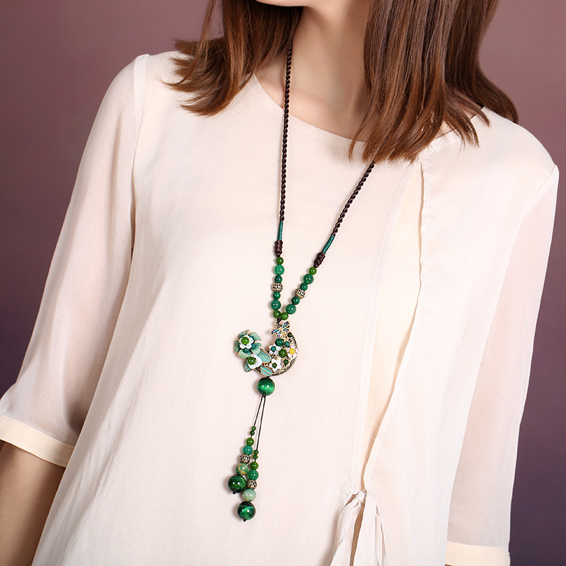Ethnic style sweater chain long paragraph female pendants retro pendant clothing accessories green ornaments necklace все цены